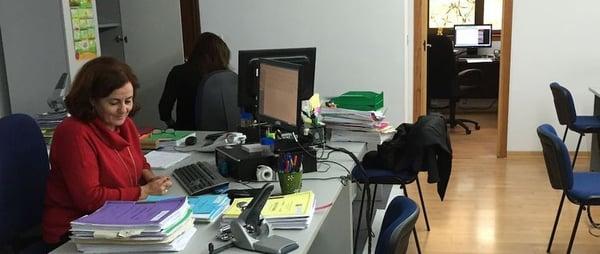 Organización deficiente de los espacios de trabajo