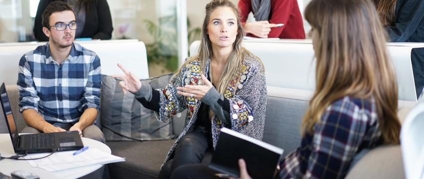 Comunicación persuasiva en los negocios - IZA BC